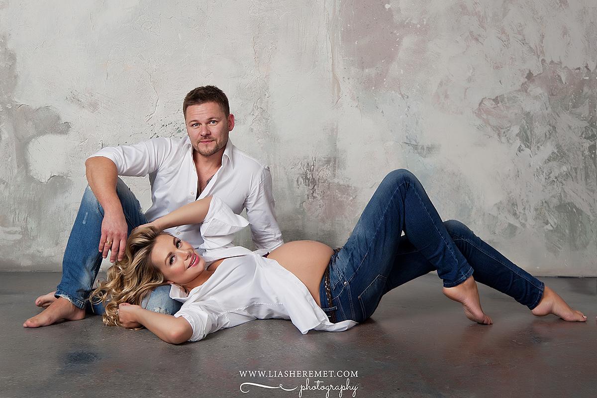 Фотосъемка беременности в студии Санкт-Петербург, фотограф Лия Шеремет